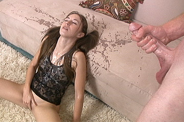 Massive cum on girl